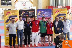 El Club de Karate de l'Eliana consigue dos oros en el Campeonato Autonómico