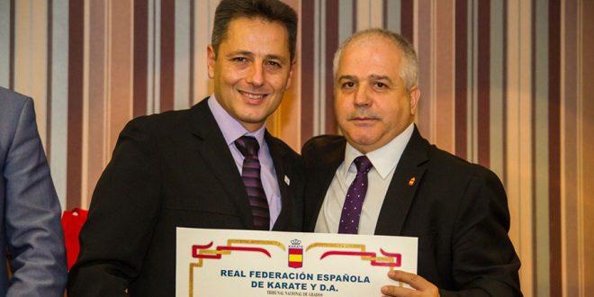 José Antonio Sobrino, galardonado por su labor pedagógica en la promoción del Kárate en Laguna