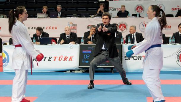 4 árbitros turcos ya tienen la escarapela internacional en el Karate 1 Premier League 0 (0)