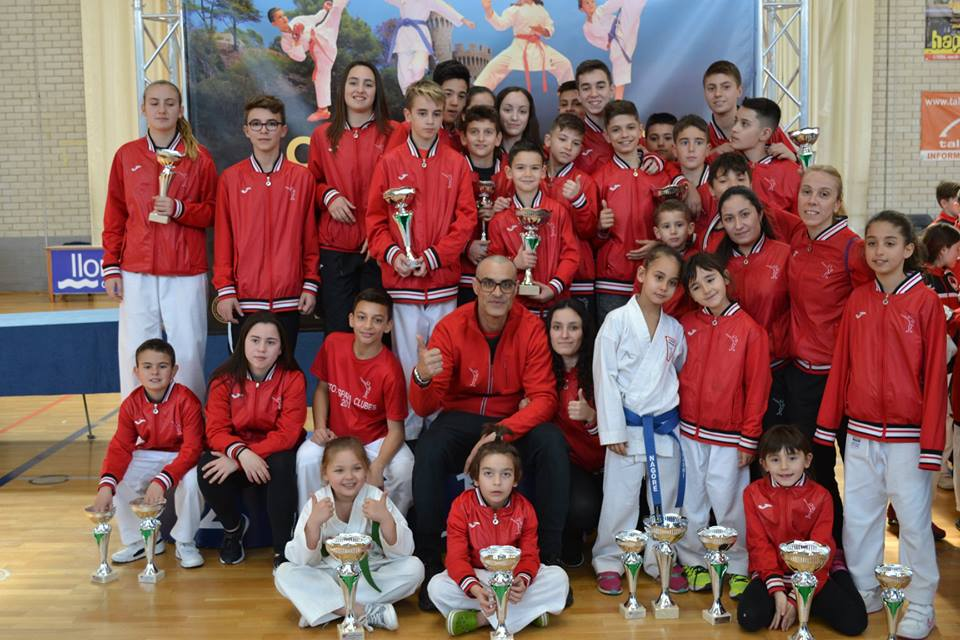 FRENÉTICO FINAL DE MES PARA EL CLUB KARATE NOKACHI 0 (0)