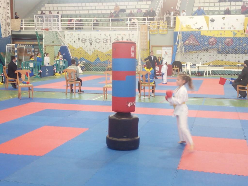 Éxito de participación y aficionados en el 'II Trofeo de Kárate'