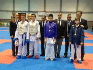 Karatecas de la Escuela Antonio Carretero de Albacete cuajaron un brillante papel en el Regional