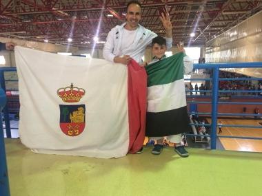 Destacado papel de Carlos Alvarado en karate