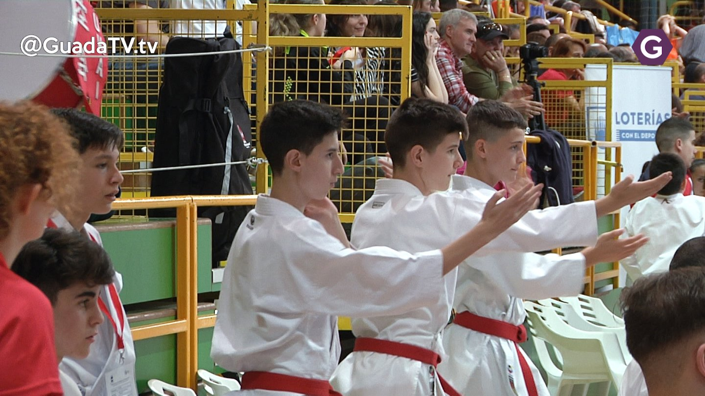 El Karate desborda el San José