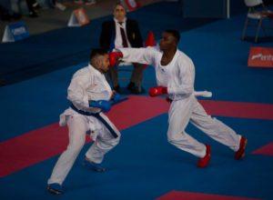 Juan Felipe Landázuri logró el primer oro de Colombia en karate