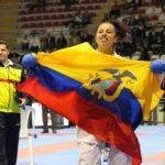 Jacqueline Factos gana la medalla de oro en Karate
