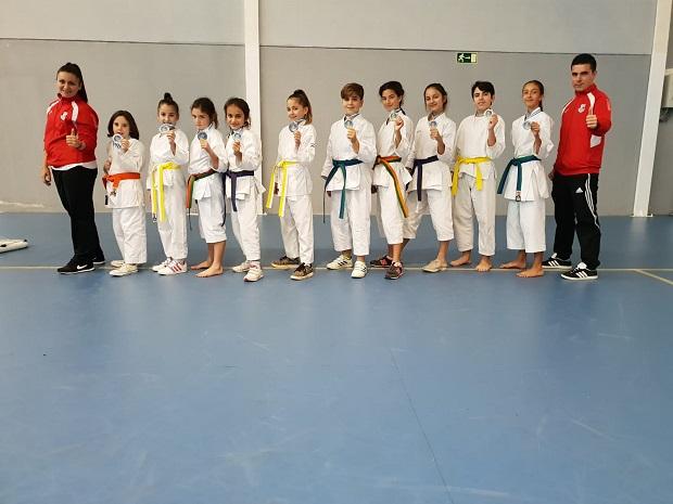 El Kaizen do Marbella consigue pleno de medallas de sus participantes en la última prueba del circuito provincial de karate