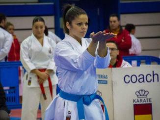 La karateka alcalaína Paula Rodríguez tercera de España en katas