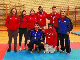 Buen resultado de los karatekas locales en el campeonato de Azkoitia