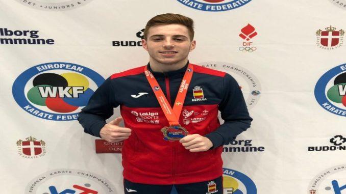 Daniel Martín Guirado, bronce en el europeo Junior de Kárate