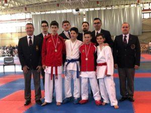 Dos oros, tres platas y cuatro bronces para los karatekas del Okinawa en el Torneo de Karate en Edad Escolar