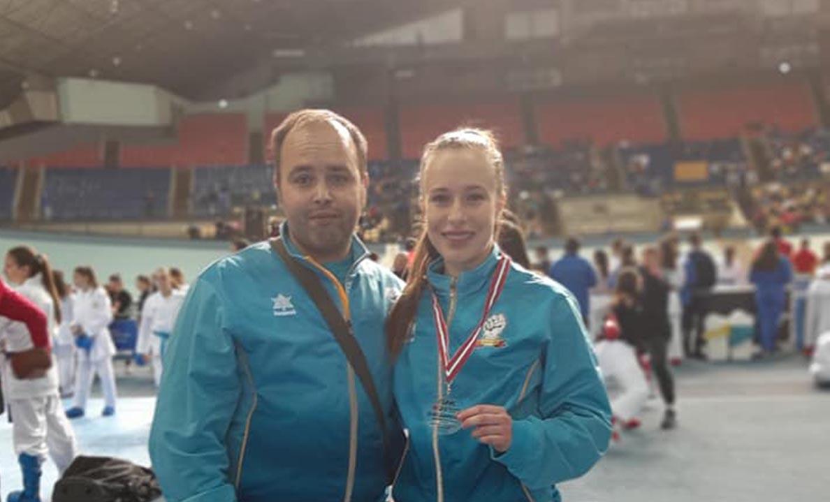 Dos karatekas torrijeños se colgaron dos medallas de plata en la Liga Nacional 0 (0)