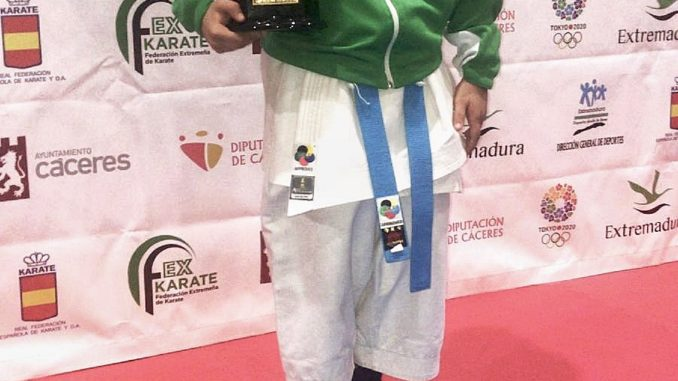 David Tedesco, de Olympic Karate Marbella, consigue el oro en el XVIII Trofeo Diputación de Cáceres