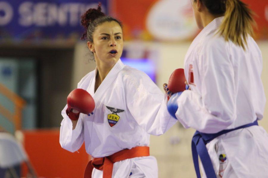 Jacqueline Factos obtuvo una medalla de plata en Panamericano de Karate 2019