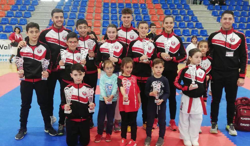 Rotundo éxito del karate salmantino en el regional infantil 0 (0)