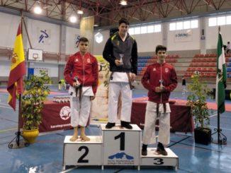 La Escuela Municipal de Kárate de Loja obtiene siete medallas en el Trofeo de Invierno de Katas, celebrado en Priego