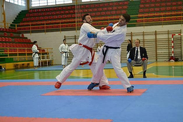 Priego acoge este domingo el Trofeo de invierno katas 'ciudad de Priego' con más de 400 karatekas