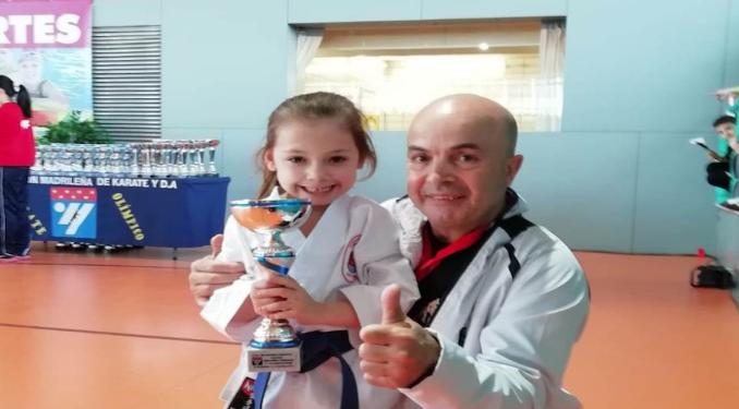 Sofía Martínez, alumna de la Escuela de Karate Humanes, Campeona de Madrid de Katas con 5 años