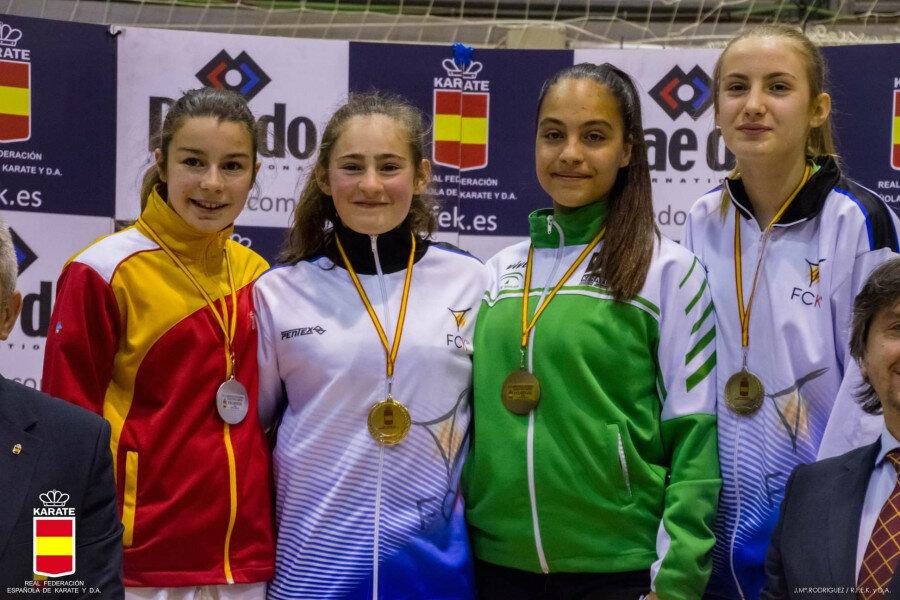 Irene Mazariegos se cuelga la plata en el Nacional Infantil de Karate