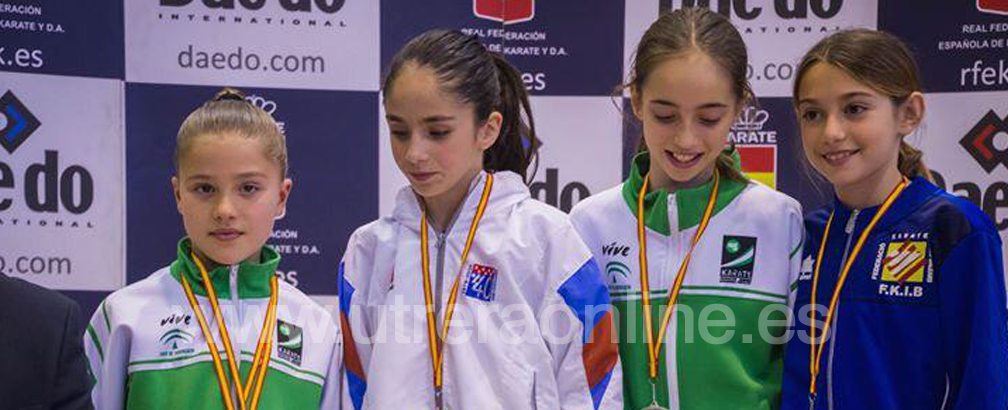 La karateka utrerana Lola Matos, de Kihaku Utrera, medalla de bronce en el Campeonato de España 0 (0)