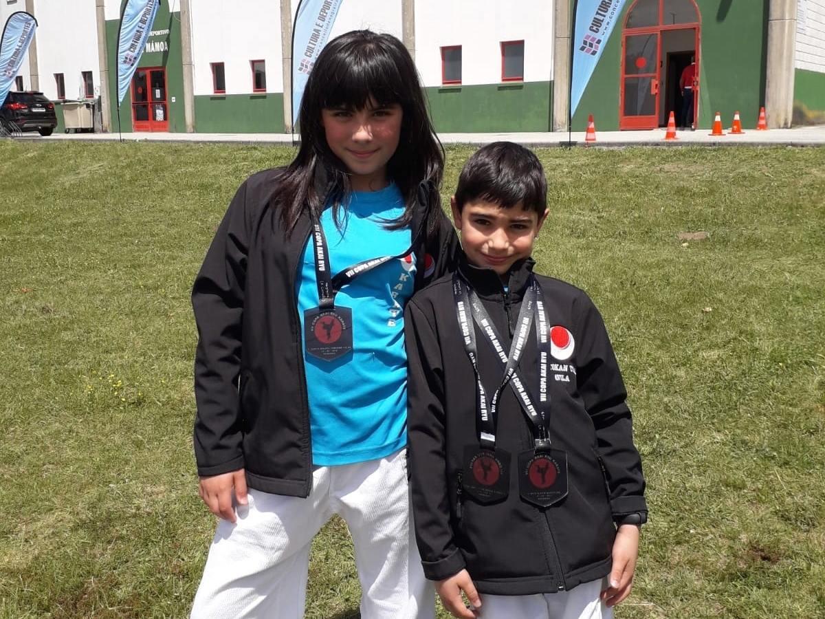 Tres oros para los deportistas del Shotokan Tora en Negreira