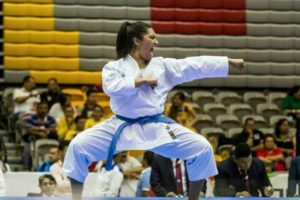 Cinthia De la Rue encamina a equipo a final en Serie A de Karate