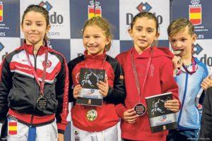 Medalla de oro para Julia Melgar en la Liga Nacional de Kárate
