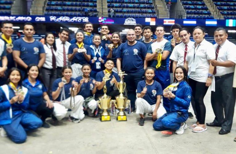 El Salvador campeón centroamericano de Karate do