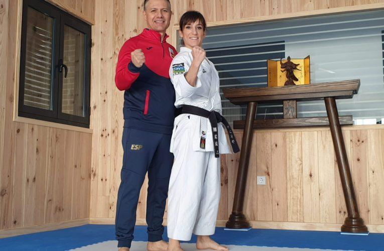 Sandra Sánchez prepara el Europeo de karate en el tatami de su casa