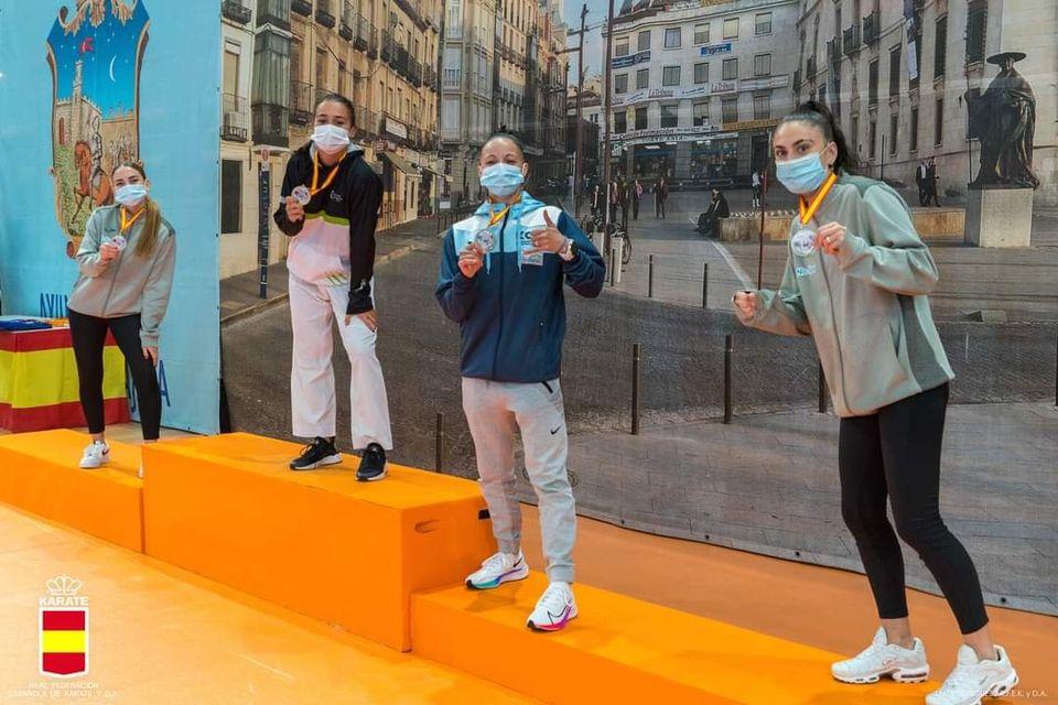 Alba Pinilla logra el oro en la primera jornada de la liga nacional de karate