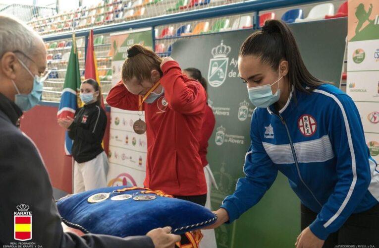 Daniella Sánchez bronce en la Liga Nacional de kárate 0 (0)