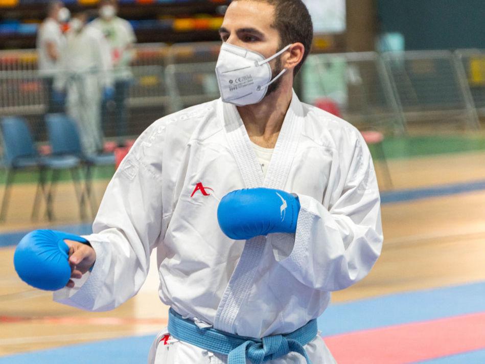 Matías Gómez triunfa en el regreso del karate español