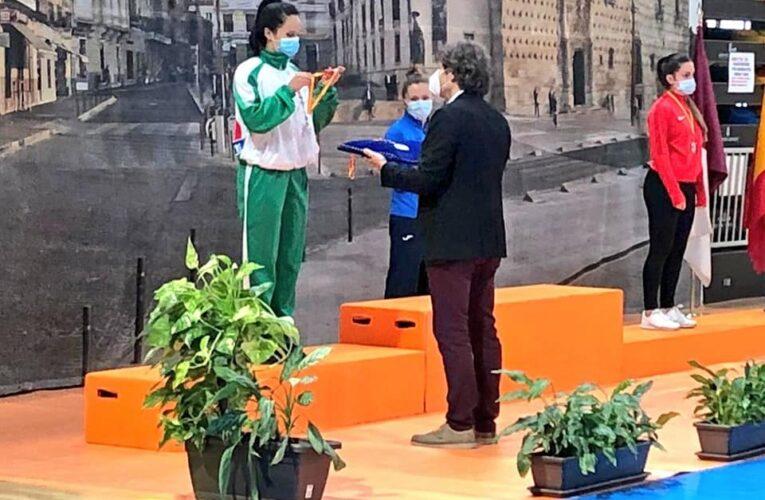 Valentina Bustamante, subcampeona de la Liga Nacional de Kárate