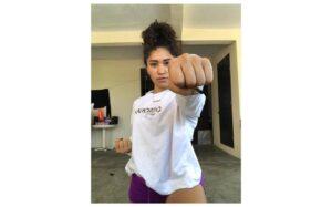 Cinthia anhela estar en debut del karate en JO