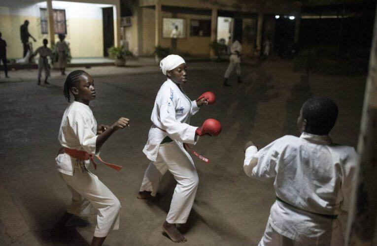 Gloria Guissou, la gran campeona burkinabé de kárate, rompe moldes 0 (0)