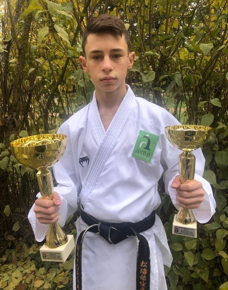 Dos triunfos para el karate abulense