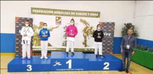 La guadalcaceña Lola Castro medalla de bronce en el Campeonato de Andalucía Infantil de Kárate