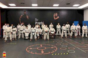 El karateka Félix Escribano, del Club Karate Sedaví, se concentra con la Selección Nacional de Para-Karate