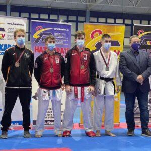 Dos nuevos bronces autonómicos para el Karate Club San Vicente