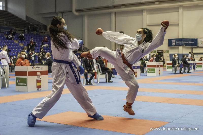 Carmen García, oro y bronce en el Campeonato de España de Karate