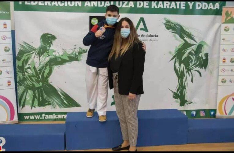 Nicolás Carnota, del Akai Ryu de Negreira, bronce en Málaga 0 (0)