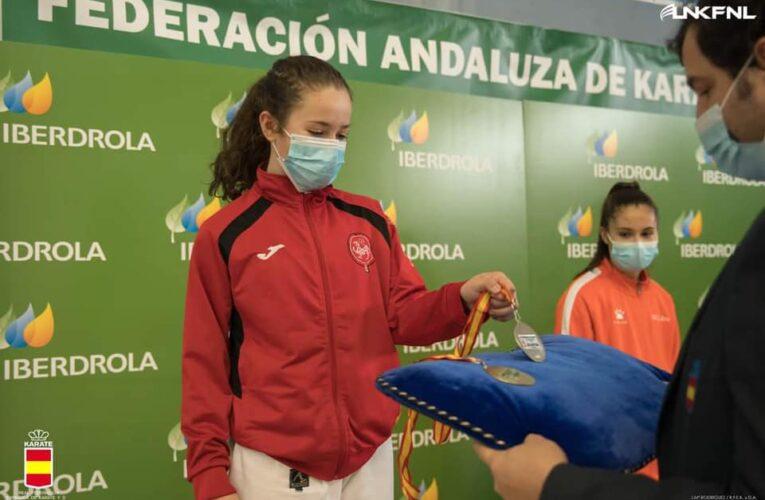 Tres medallas de plata y una de bronce para las karatecas provinciales en la Liga Nacional 0 (0)