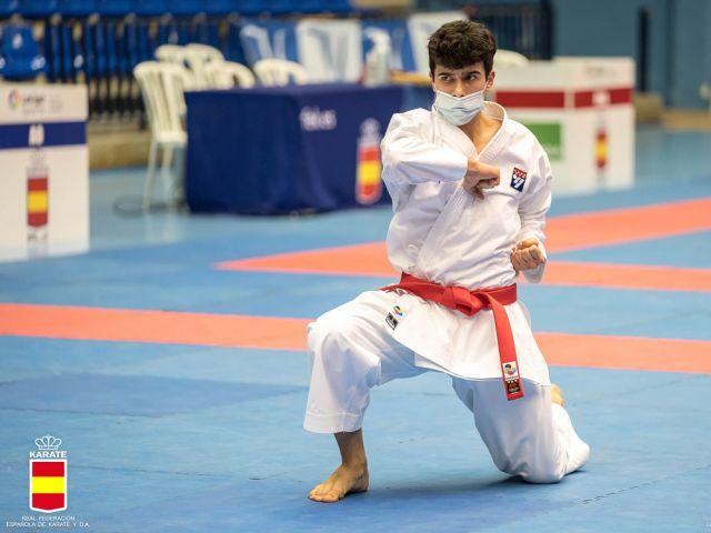 Los torrejoneros Iván Rubio, Verónica Horcajuelo y Aarón Herrero triunfan en el Campeonato de España de Karate