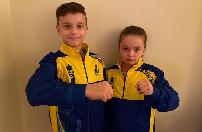Los hermanos regueranos Izán e Inara Álvarez, en el campeonato de España de karate