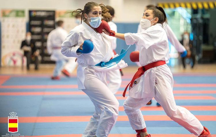 La karateka utrerana Marta Cabrera llega hasta cuartos de final en el campeonato de España 0 (0)