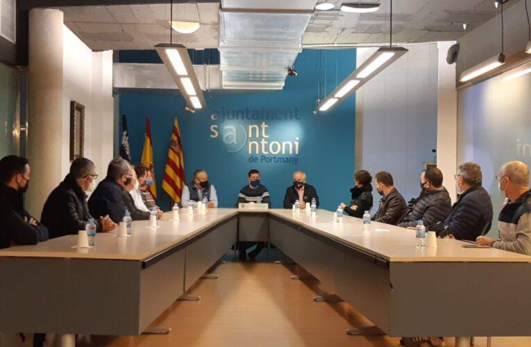 El presidente de la Federación Española de Kárate visita la isla y se preocupa por la salud de este deporte en Ibiza 0 (0)