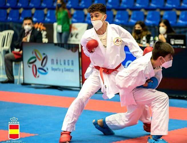 Rubén Molina gana la medalla de plata en el campeonato de España de Karate 0 (0)