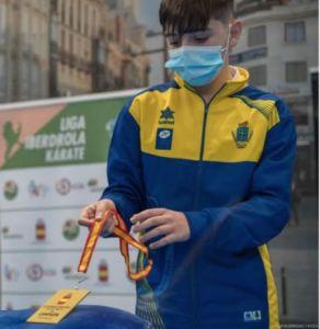 Saúl Gutiérrez, de Peñaflor, campeón de España de kárate