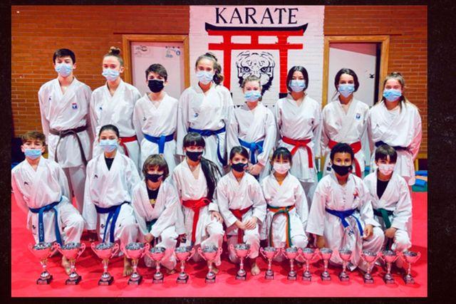 El Club Seiken Do logró 16 medallas en el Campeonato de Madrid Infantil de Karate
