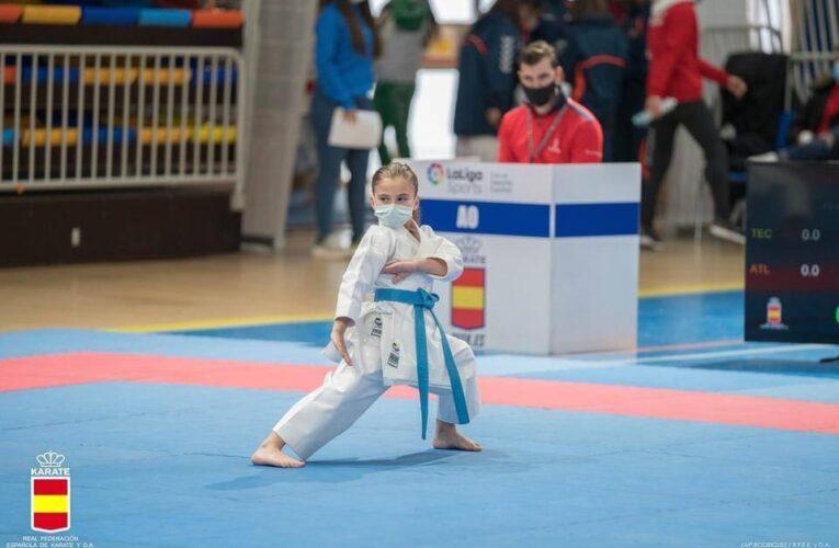 La toledana Teresa Rodríguez, bicampeona de España de karate a sus 7 años